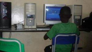 A student using a windows computer.